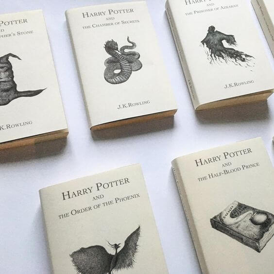 Harry Potter covers that please a graphic designer - Minimal Planets